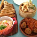 Sunday sessions.... Prawn pâté , calamari and meatballs sensational !!
