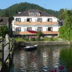 Hotelzimmer zum See