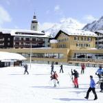 """Romantik Hotel """"Die Krone von Lech"""" im Winter"""