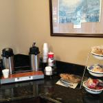 Foto de Lexington Inn & Suites