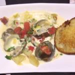 Fresh clam chowder with fresh clams, yukon potatoes and an amazing garlic cheese toast