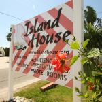 Island House Apartment Hotel