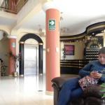 Hall de ingreso del hotel