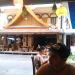 área do restaurante , frente do hotel