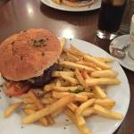 BBQ Burger & Greek Burger