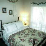 Azalea Room (standard queen)