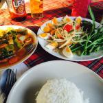 Veg curry and papaya salad mmh
