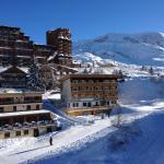 Photo of Neilson Chalet Hotel Escapade