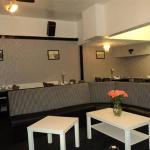 bar/dinning area