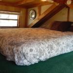 Cozy Cabin 1 Loft