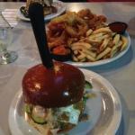 5050 Burger w/fries