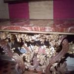 Tavolo da muro disegnato dal Bernini