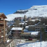 """View of """"le village"""" from """"la Vallée Blanche"""" lift"""
