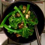 Broccoli, confit garlic, chilli & anchovies, pangratata