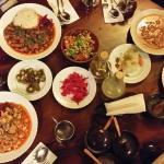 세종류의 항아리케밥과 병아리 콩?스프