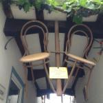 Знаменитые стулья знаменитого города