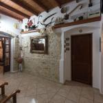 Cretan Villa Hotel welcome area.