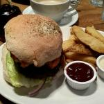 6oz Beef burger,with halloumi, pineapple slice and hash browns, with thick cut chips and bbq sau