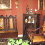 An example of outstanding antiques