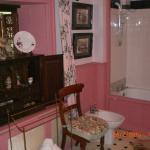 Pink Bathroom 3