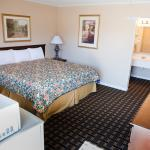 Grandview Plaza Inn & Suites