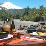 Wanderful restaurant! Delicious food made by the owners. A beautiful family lives there.