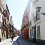 fachada y calle