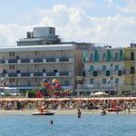 Hotel Francesca visto dal mare