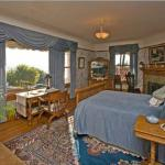 Darling House Bed & Breakfast