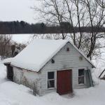La cabane aux motos neige