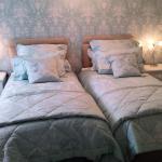 Lanhydrock Room