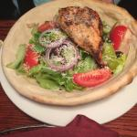Giannos salad with salmon