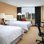 Photo de Sheraton Vancouver Guildford Hotel