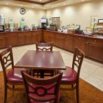 CountryInn&Suites Chattanooga I-24  BreakfastRm