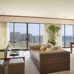 Lotus Honolulu Penthouse Living Room