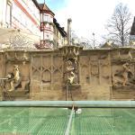 Brunnen und Pranger