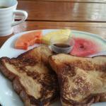 Tostadas francesas - breakfast. OK option