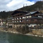 Achterzijde hotel waterkant
