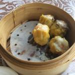 Pork and prawn dumplings (siu mai)