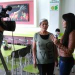 El Noticiero 24 Horas (Teleamazonas) entrevistando a la mejor Hueca de Quito!!! El Palacio Del J