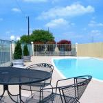 Photo de Baymont Inn & Suites Terrell