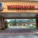 Photo of Best Western Woodhaven Inn