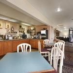 Photo of BEST WESTERN War Bonnet Inn
