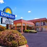 Welcome To Days Inn Midtown ABQ