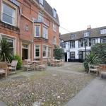 Rutland Arms Hotel