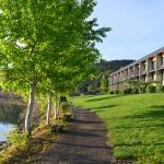 Photo of Best Western Plus Hood River Inn