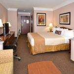 Photo de BEST WESTERN PLUS Suites Hotel