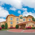 Photo of Ambassador Inn & Suites