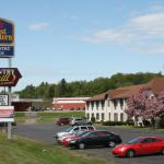 Photo of Magnuson Country Inn