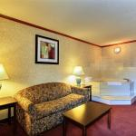 Days Inn & Suites Madison Heights MI Foto